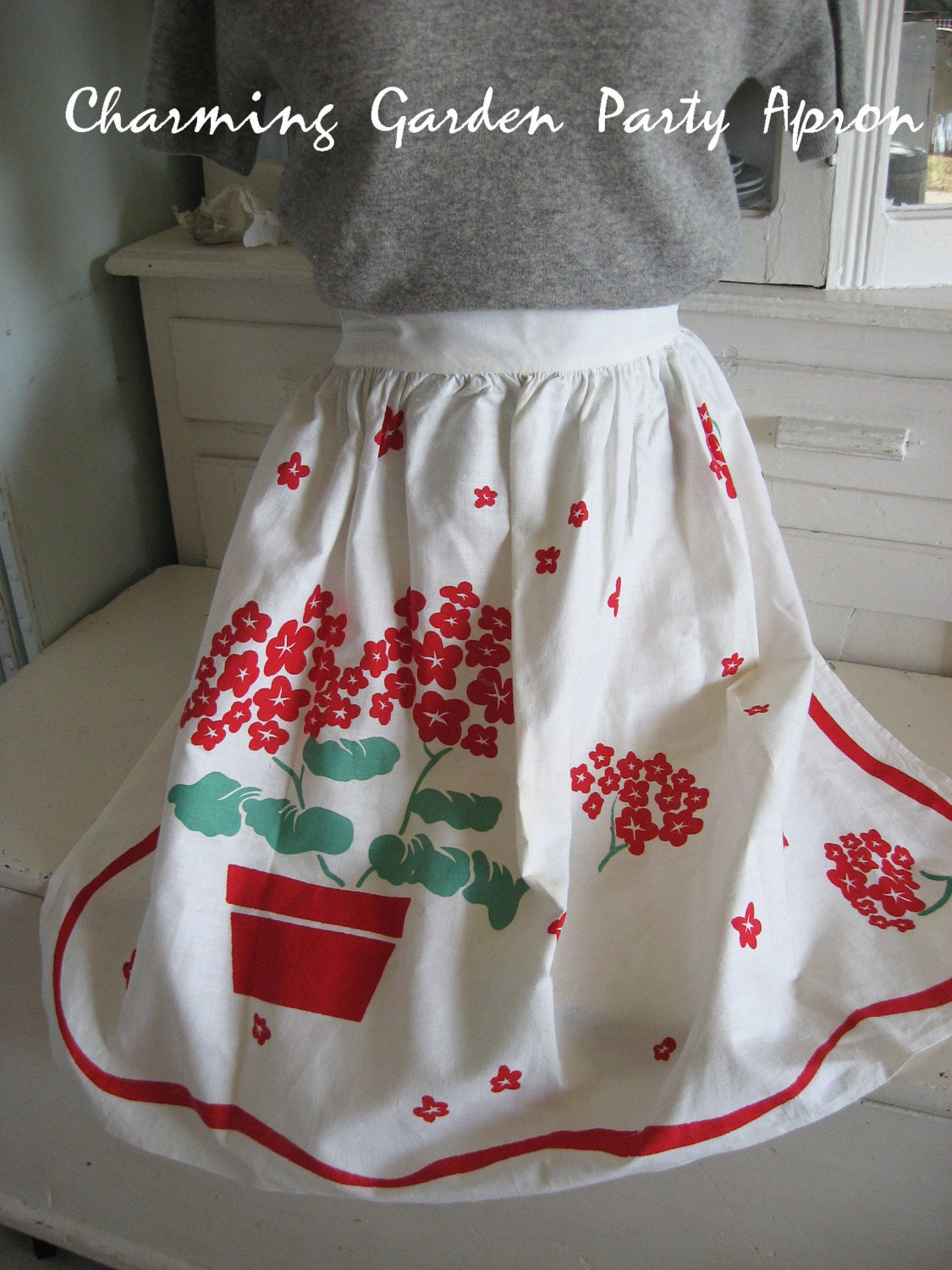 Vintage apron 1940s 1950s ladies half by sweetmagnoliasfarm for Apron designs and kitchen apron styles