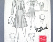 Vintage 1940s sewing pattern 1440 to make dress and jacket  Bust 32 inches
