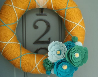 Yarn Wreath Felt Handmade Door Decoration - Sea Glass 12in