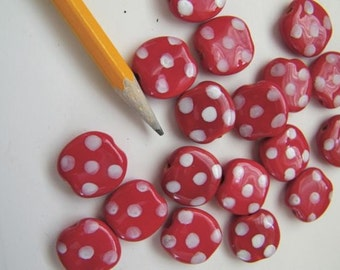Kazuri  beads red and white pebbles pattern - 12