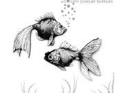 4pcs Handmade Wooden Retro Fish Charms / Pendants (CWM08)