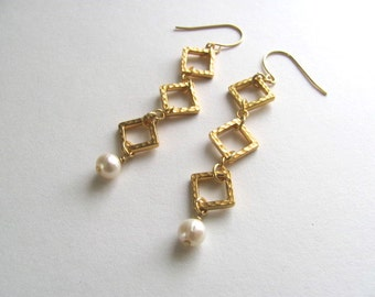 Gold and pearl drop dangle earrings, 14k gold plated fixtures, bridal, vintage-inspired, hammered geometric jewelry, wedding, bridesmaid