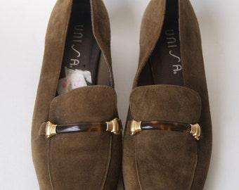 Vintage Olive green Suede Loafers 8 M