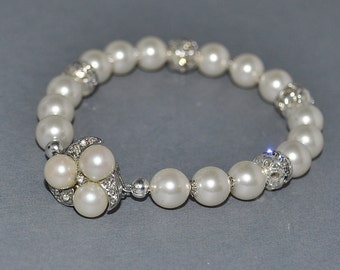 Wedding Bride Bridal Bridesmaids Swarovski Pearl and Rhinestone Bracelet with Vintage Clasp - Custom Requests Welcome
