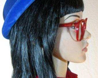 """1950's Royal BLUE VELVET HAT by Clover Lanesize medium 22"""" school girl"""