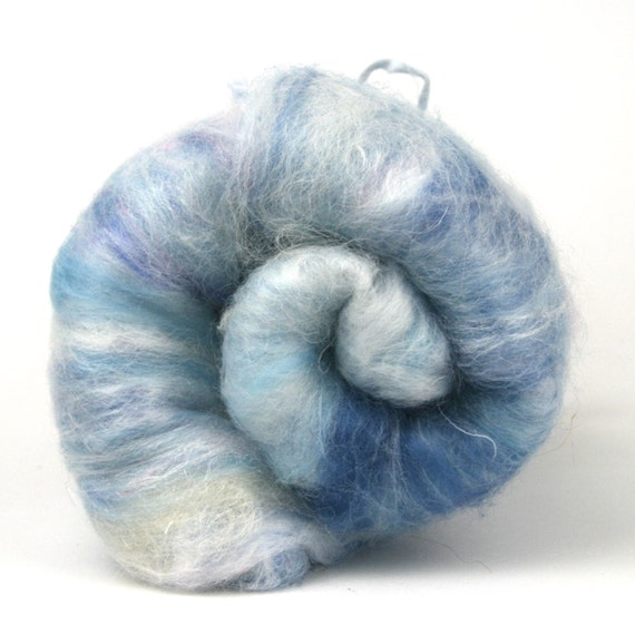 Blue Moon - Spinning and Felting Batt - Faux Cashmere - Firestar - Merino fibre - 4oz - UK Fiber