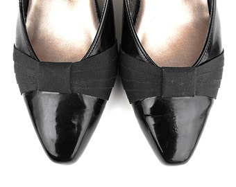 70's Black Bow Tie Pumps - Vintage Naturalizer Sexy Shiny Onyx Noir Patent Leather Ebony Jet Gatsby Flapper Pleated Ribbon Dress Shoes