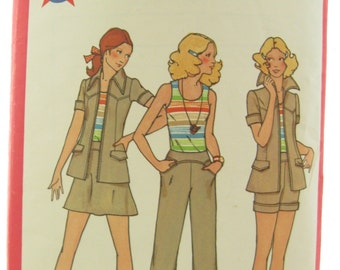 1970s Vintage Sewing Pattern Butterick 6579 Jacket Pants Shorts Top and Skirt Bust 32