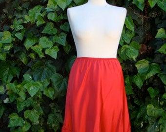 Vintage 70s / Cherry Red / Slip / Skirt / MEDIUM
