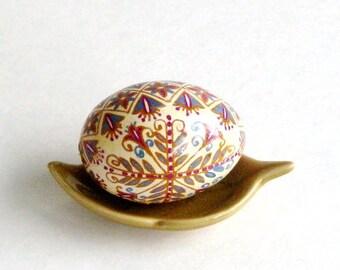 Vintage Textiles inspired Design Pysanka Ukrainian Easter egg, hand painted chicken egg shell