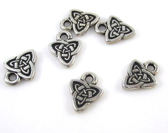 6 Silver Tierracast Celtic Triad Charms