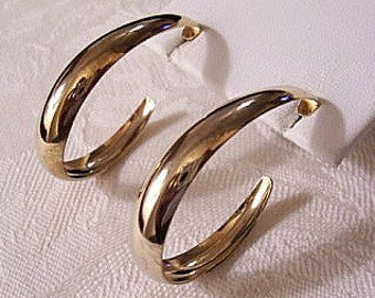Large Wide Band Curl Hoops Pierced Post Stud Earrings Gold Tone Vintage Avon Smooth Round Graduated Ring Dangles