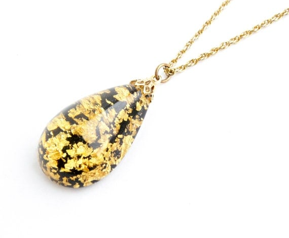 vintage gold flake necklace gold tone 1970s teardrop pendant