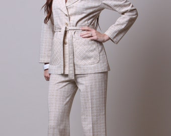 Small / Medium - 60s Leisure Suit - Vintage Tan Plaid Suit - High Waisted - Front Pocket - Tie Belt