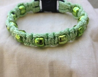 Accent, Macrame Bracelet (Mint Green)