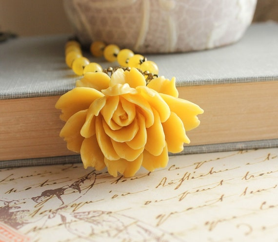 Yellow Rose Necklace, Yellow Rose Pendant, Floral Jewelry, Sunflower Gold Yellow, Beaded Chain, Summer Modern Statement Jewelry