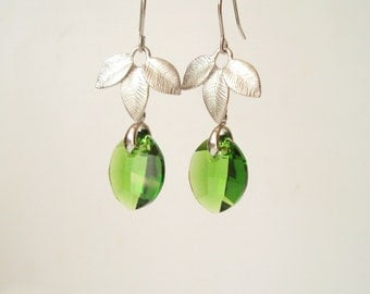 Green Leaf Earrings, Swarovski Leaf, Drop Earrings, Silver Leaf, Nature Jewelry, Simple Everyday Jewelry