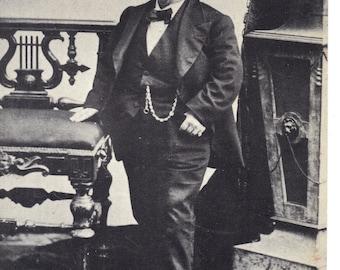 General Tom Thumb Vintage Postcard