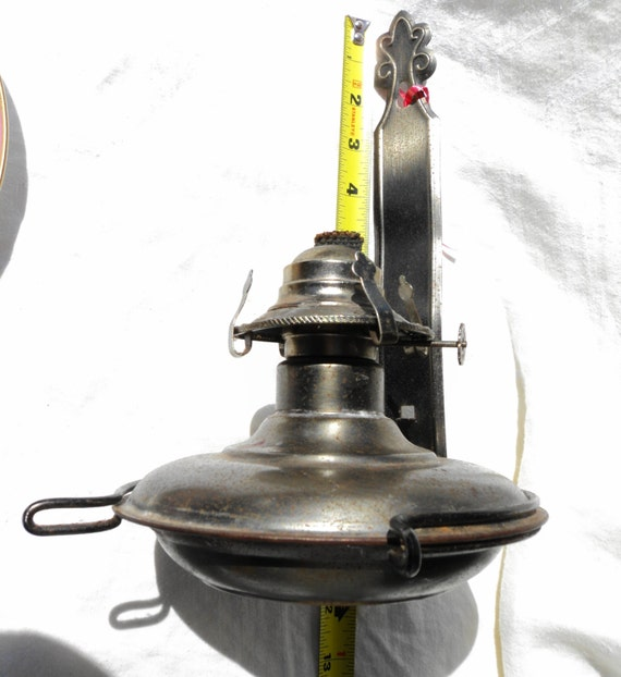 large wall mount oil lamp base hurricane lantern 991474 patent made in hong kong