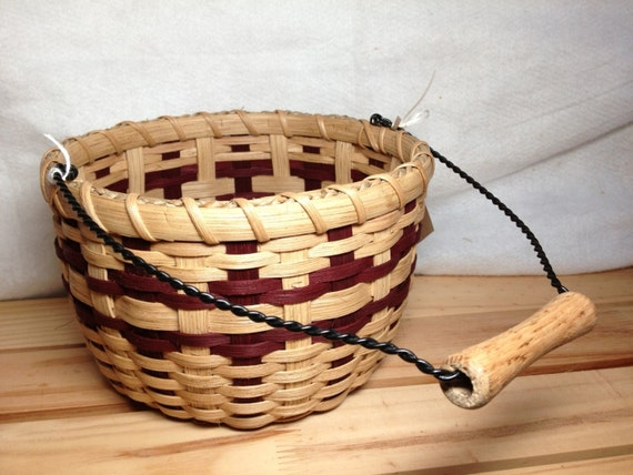 Handmade Beaded Basket : Handmade berry bucket basket