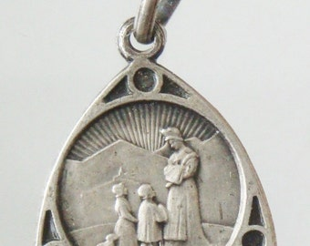 "Our Lady of La Salette Vintage Jewelry Religious Medal Pendant on 18"" sterling silver rolo chain"
