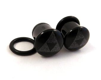 Tri Force Black Onyx Single Flare Plugs - PAIR - 4g (5mm) 2g (6mm) 0g (8mm) 00g (10mm) Triforce Single Flared Glass Ear Gauges