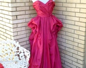 1940s Full Length Ball Gown Pink Strapless Formal Dress Gala Prom Martini Designed Womens Vintage Small