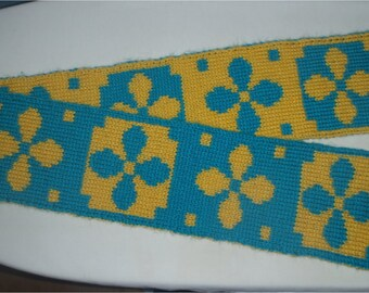 Flower Double Knit Scarf Pattern