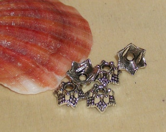 Tibetan silver flower bead cap- 7 mm -(per 25 pieces)-AA18