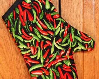 Oven Mitt in Hot Chili Peppers