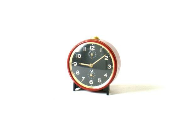 beautiful vintage french alarm clock JAZ, red metal alarm clock, working condition, mechanical movement