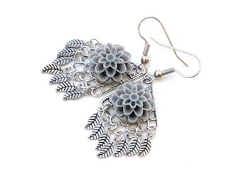 Leaf Earrings, Floral Earrings, Gray Flower, Silver Jewelry, Bohemian Jewelry, Gift For Mom, Jewelry Under 40, Filigree Earrings, Boho Style