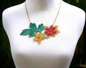 Lace Necklace Red Green Gold Christmas - Hand Painted Lace Fashion