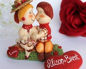Boy and girl kissing, Valentine day gift, Valentine ornament, first love, with grass base and heart, customizable