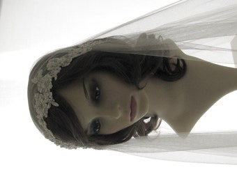 1920s style wedding  veil -  couture bridal cap veil - lace Juliet cap veil  - Calais