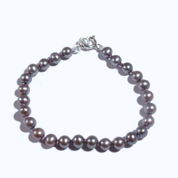 CLEARANCE-Lavender Child's Bracelet, Little Girl Pearl Bracelet Hand Knotted, Flower Girl Gift