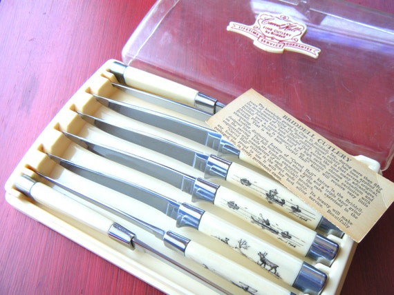 Vintage Scrimshaw Steak Knife Set Of 8 Alaskan Knives