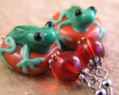 Green frog earrings. Cute lampwork glass bead frogs with red glass beads. vintage style handmade jewelry