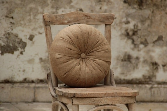 "Burlap round pillow 14"""