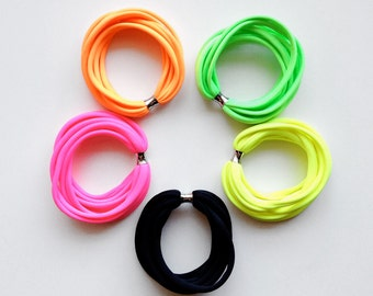 SET OF 5 - the birdie bracelet - handmade with a neon fabric and a stainless steel bead