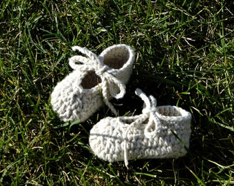 Baby Shoes, crochet baby booties, ankle-tie shoes, shoes for baby, newborn booties