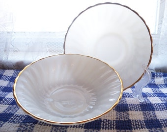 Anchor Hocking Fire King  Bowls Set of 2 Milk Glass Swirl Gold Rim Dinner Ware 16 & 13 Made in U.S.A