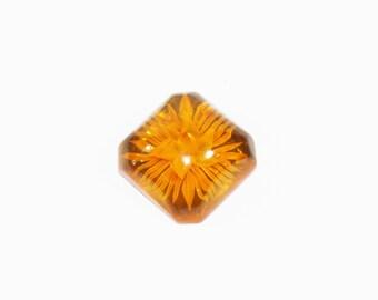 1930s bakelite pin reverse carved apple juice yellow amber prystal flower floral