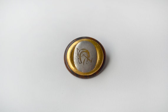 Men's Flair Vintage Horseshoe Pin