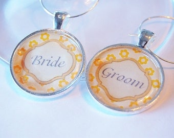 Wedding Wine Charms, Bride Groom, yellow, Wine Charms, barware, Wedding Shower, wedding reception, silver plate (2067)