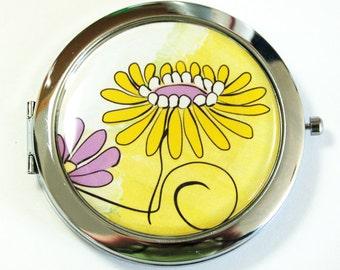 Pocket mirror, compact mirror, Yellow flower compact, Flower compact mirror, mirror, floral mirror, Yellow, Yellow flower (2579)