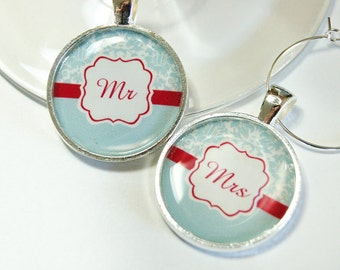 Mr Mrs Wine Charms, Wine Charms, Wedding Wine Charms, damask, Wedding Shower, Bridal Shower, table setting, silver plate, red, blue
