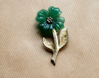Vintage Flower Brooch Green Pin Plastic Metal