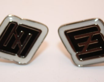 Vintage Mens Fashion Cuff Links, Black, White, and Silver-Excellent Condition-Decorative, High Fashion