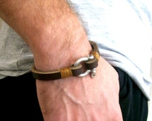 Men's Bracelet Simple Leather Bangle Shackle Clasp Mens Leather Bracelet Best Selling Gift For Him -Brown - Unique Gift
